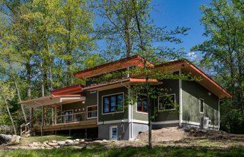 Alfandre Lake Shore House Exterior